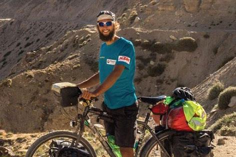 Niko Krauland bei Fahrradreise rund um die Welt