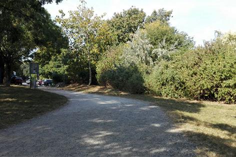 Parkanlage Löwygrube in der Nähe des Otto-Geissler-Platzes am Laaer Berg