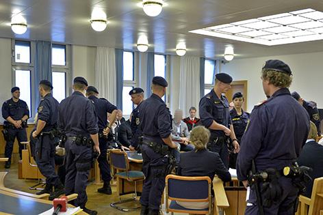 Hohe Polizeipräsenz zu Prozessbeginn