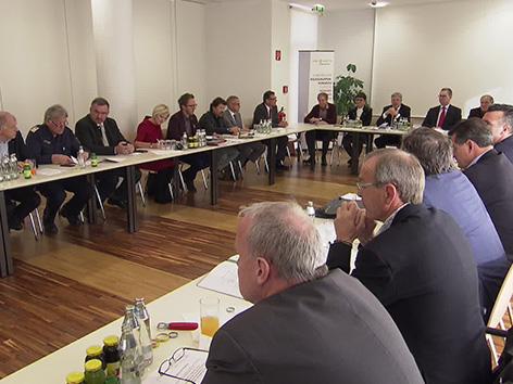 Forum dialog Kaiser ravnatelji cestna imena Šentjakob