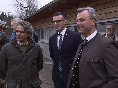 Norbert Hofer auf Wahlkampftour im Villacher Tierheim