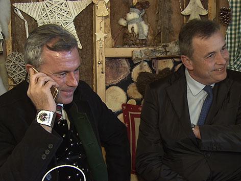 Norbert Hofer auf Wahlkampftour, neben Tarviser Bürgermeister Carlantoni