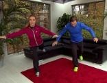 Doresia Krings und Michael Mayrhofer bei der Einbeinstandübung