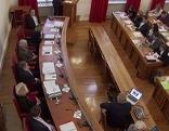 Sitzung im Gemeinderat der Stadt Salzburg mit Regierungsbank (links)