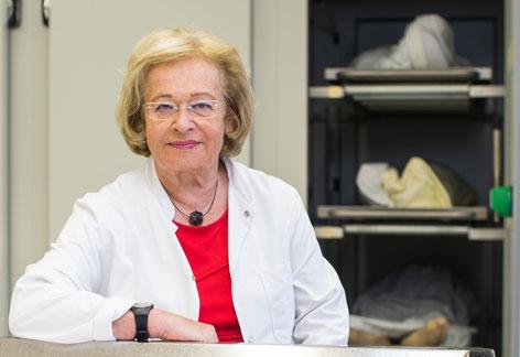Gerichtsmedizinerin Edith Tutsch Bauer
