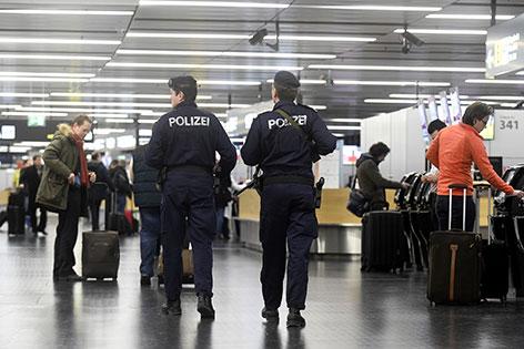 Polizei Flughafen Schwechat