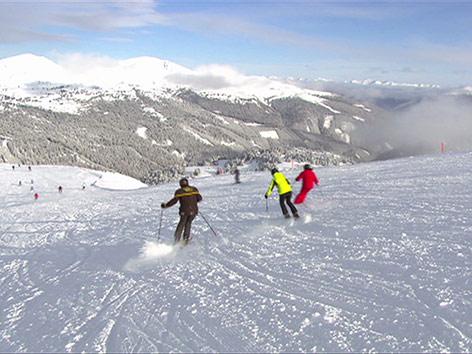 Skipiste Skifahrer