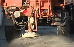 Streuwagen Salzstreuung Symbolbild Sujetbild
