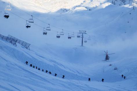 Lawine Sondierung Skigebiet Hochzillertal