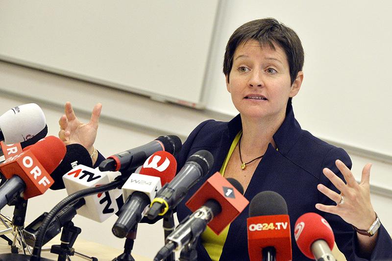 Sonja Wehsely bei Abschluss-PK