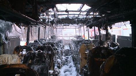 ausgebrannter bus walserberg