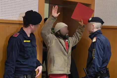 Beschuldigter im Landesgericht in Krems