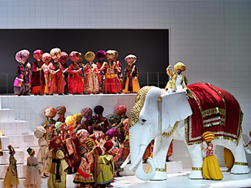 Elefant in Festspieloper