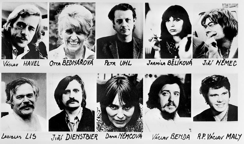 Oben v.l.: Vaclav Havel, Otta Bednarova, Petr Uhl, Jarmila Belikova, Jiri Nemec. Unten v.l.: Ladislas Lis, Jiri Dienstbier, Dana Nemcova, Vaclav Benda, Vaclav Maly