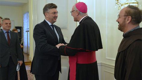 biškup Živković kod premijera Hrvatske Andreja Plenkovića