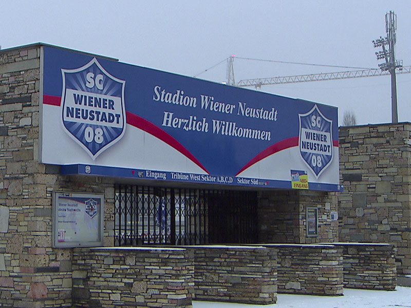 SC Wiener Neustadt Stadion Außenansicht Eingang