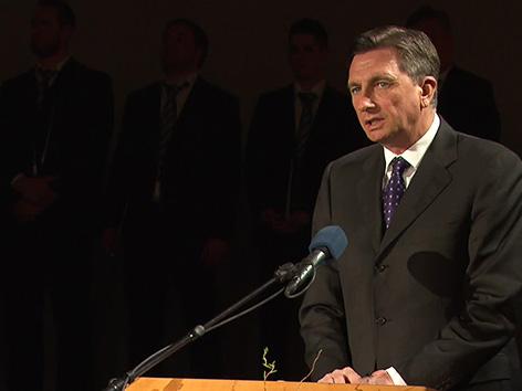 Borut Pahor predsednik RS Koroška poje KKZ