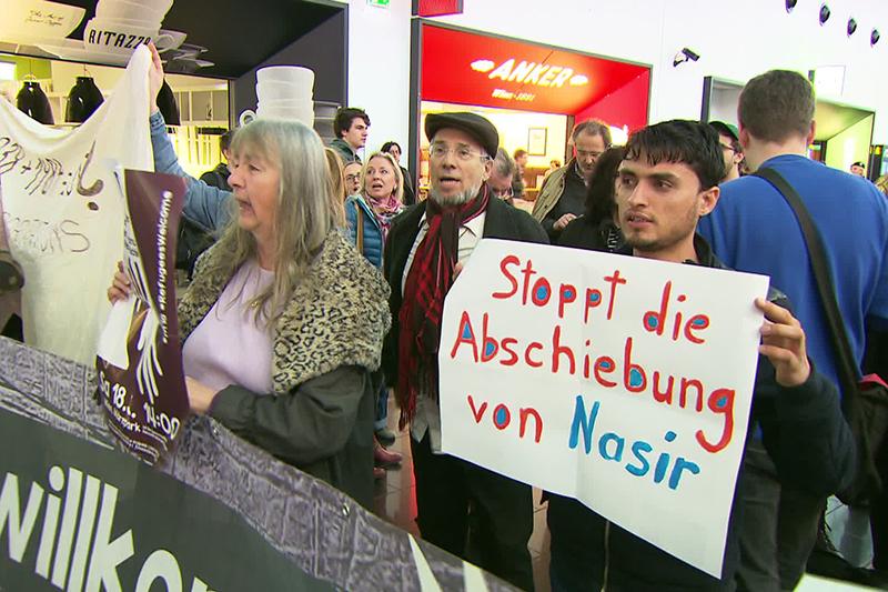 Demonstration auf Flughafen
