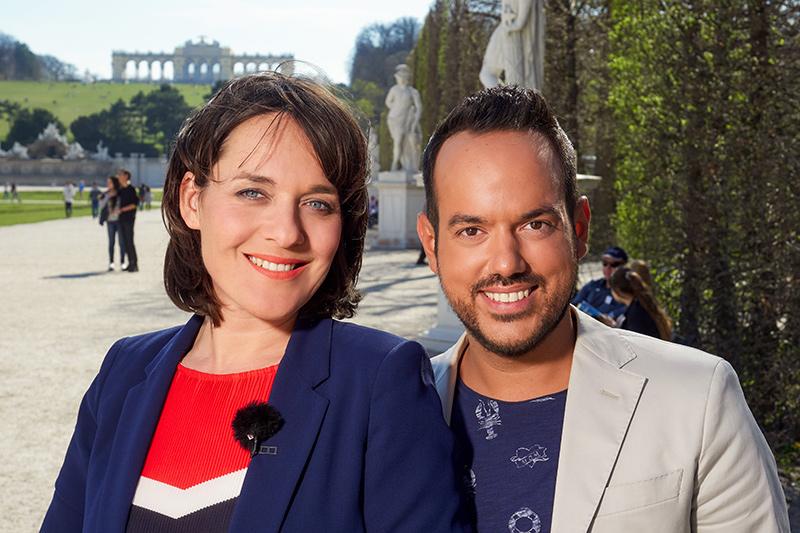 Eva Pölzl und Patrick Budgen in Schönbrunn