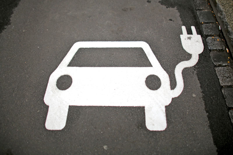 Elektromobilität E-Auto Parkplatz