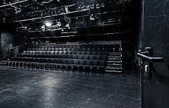 Haus zwei Schauspielhaus