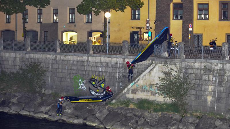Großeinsatz in Innsbruck nach Scherzanruf