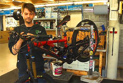 Fahrradmechaniker Biker