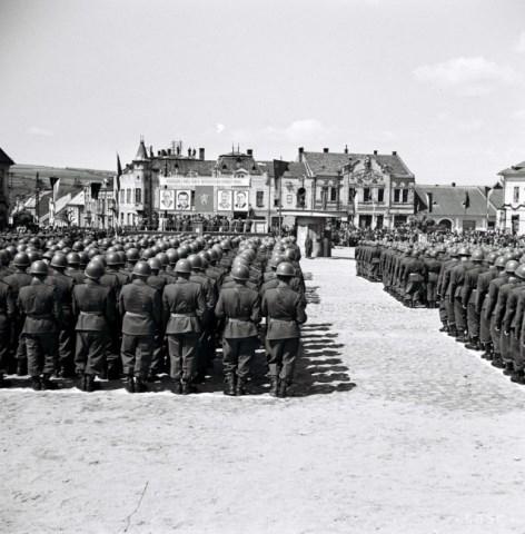 Archivbild   Presov 9. Mai 1953