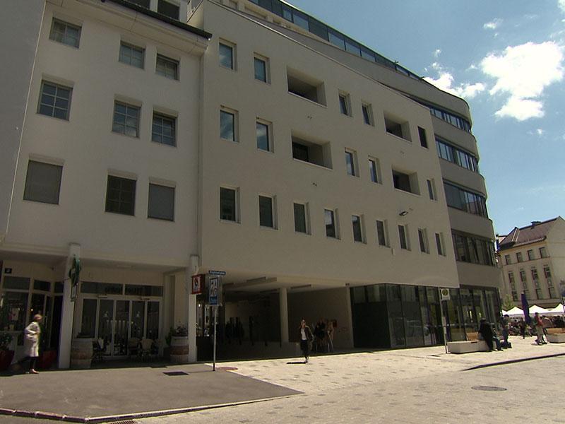 Aufgezeigt Schwerer Sturz mit Folgen: Unfallopfer und Gudrun Maria Leb