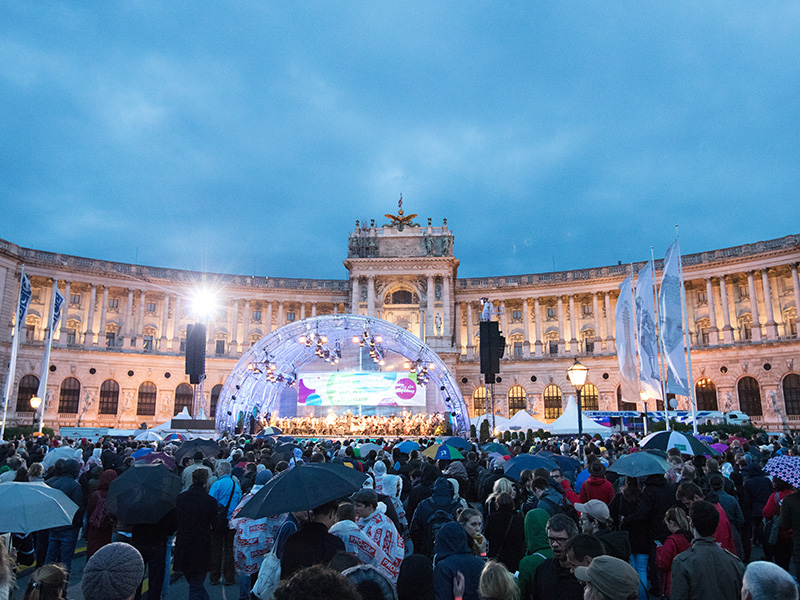 Fest der Freude: Symphoniker spielen gratis am Wiener Heldenplatz