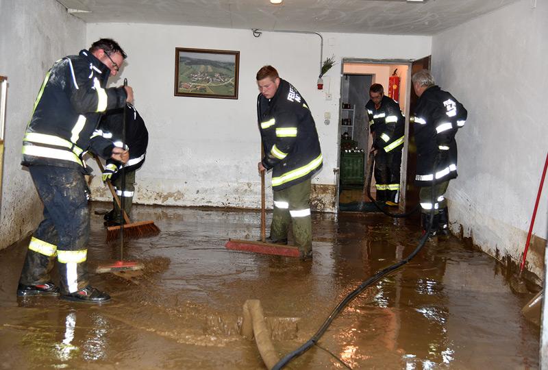 Überflutungen Hackendorf