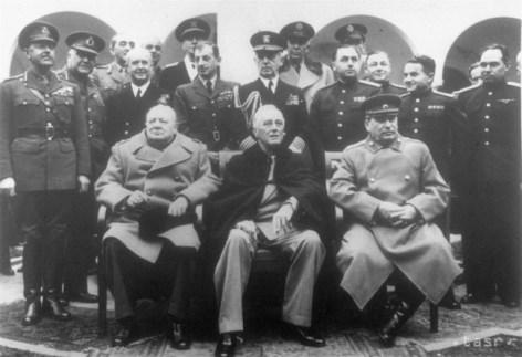 Winston Churchill, Franklin Roosevelt und Josif Vissarionovič Stalin bei den Verhandlungen nach Ende des 2. Weltkriegs