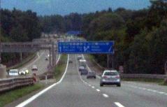 Blick auf die Westautobahn (A1) vom Walserberg in Richtung Knoten Salzburg