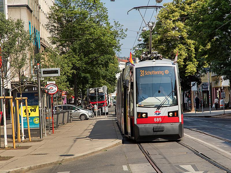 Linie 31 Klosterneuburgerstraße, Wallensteinstraße