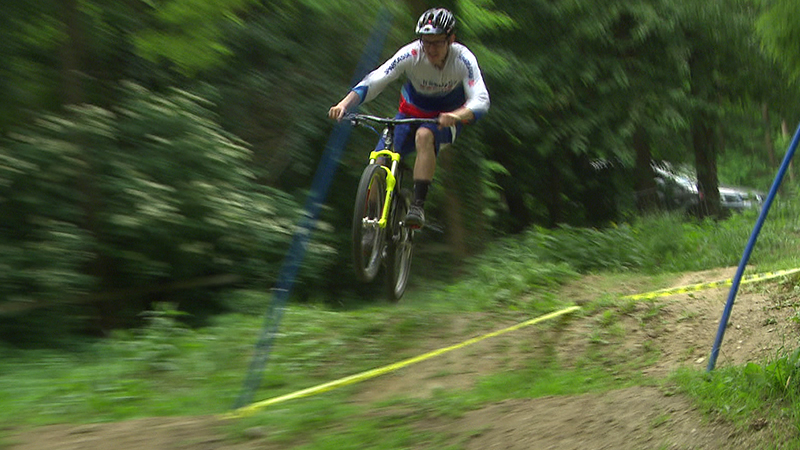 Ironracing, Downhill-Mountainbiker, Mountainbiker, Downhill