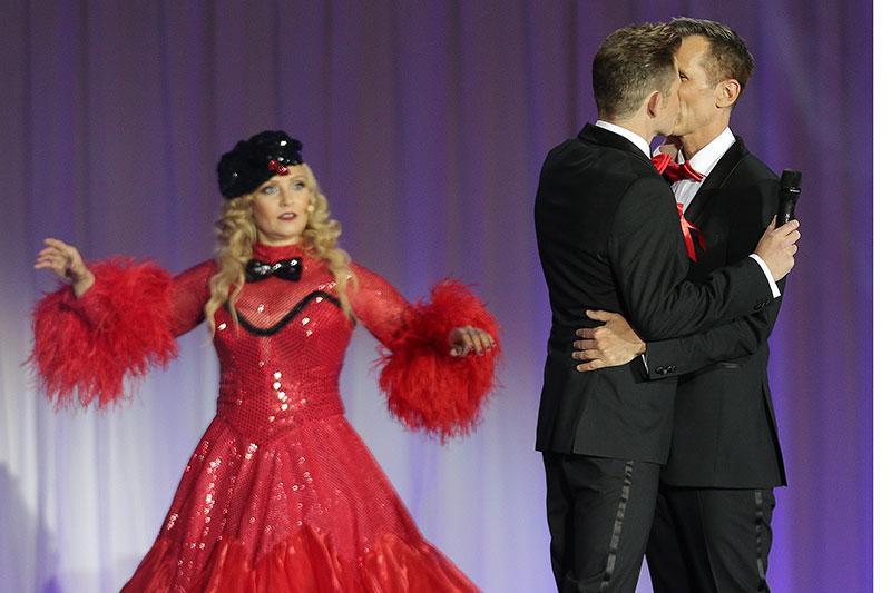 Heiratsantrag auf der Bühne