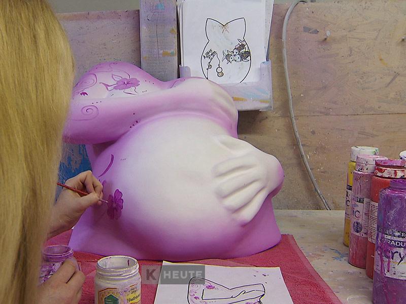 Babybauch Künstlerin Gipsabdrücke