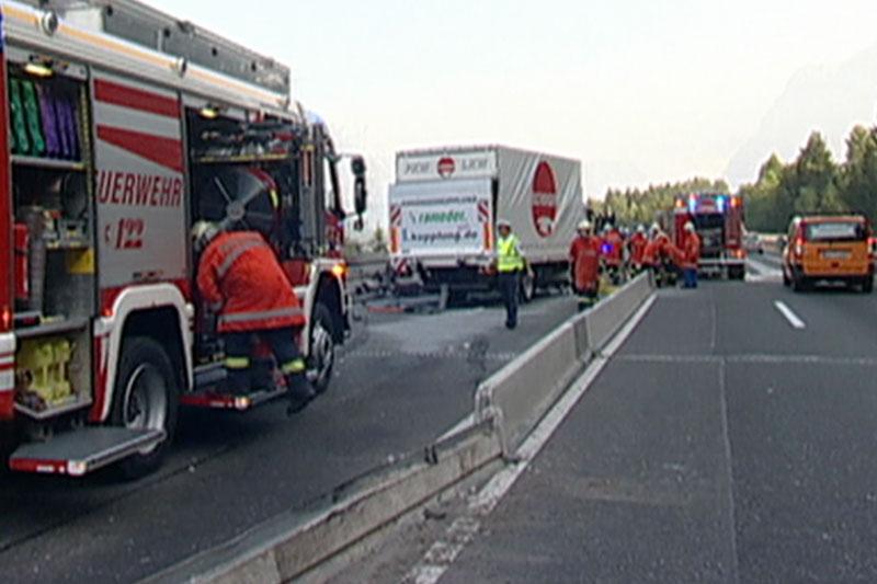 Unfallstelle nach tödlichem Unfall auf der Umfahrung Bischofshofen im Juli 2007