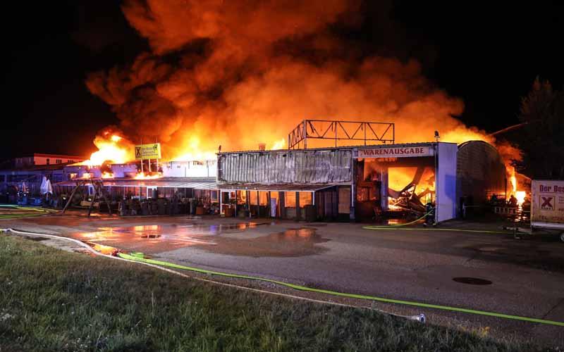 Großbrand Möbelhaus