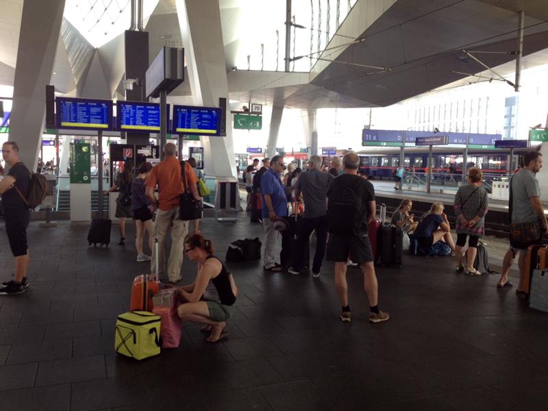 Chaos am Bahnhof nach Stellwerksproblemen