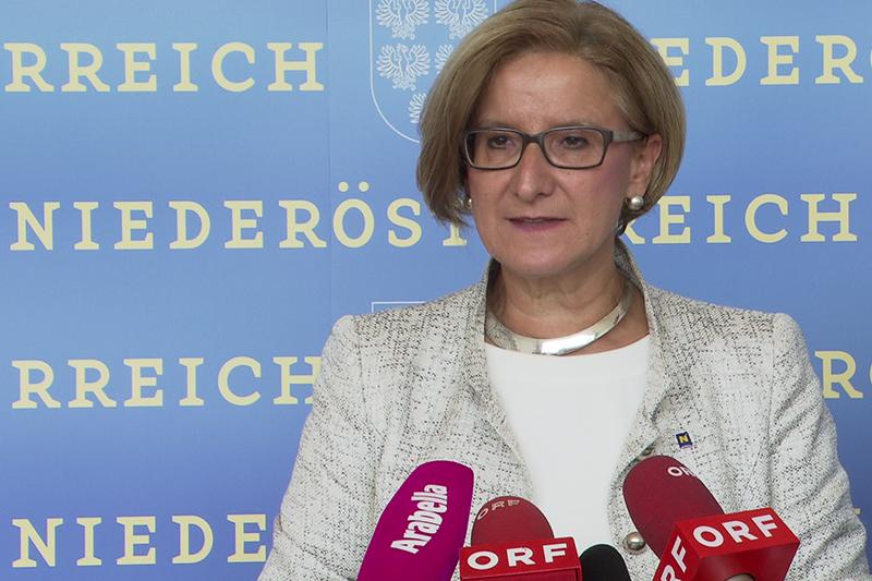 Johanna Mikl Leitner Pressekonferenz