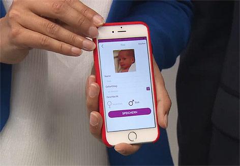 Mutter-Kind-App auf einem Smartphone