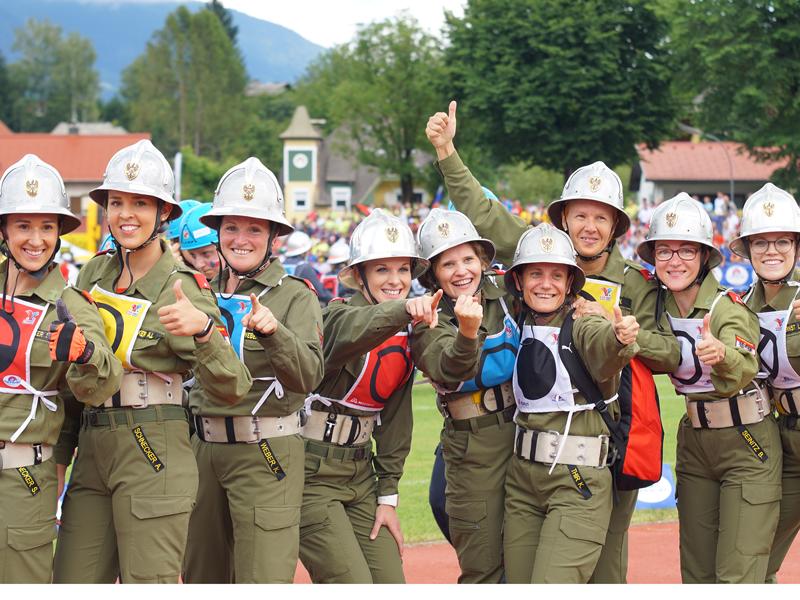 Feuerwehrfrauen aus Rudersdorf-Berg beim Bewerb