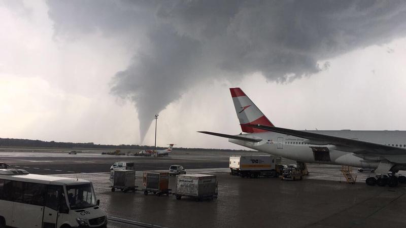 Tornado Flughafen Schwechat