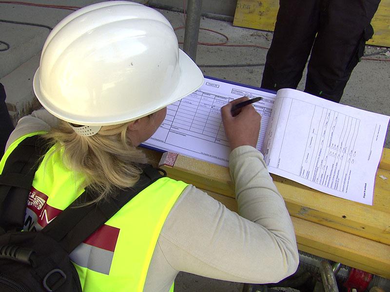 Finanzpolizei Kontrolle Baustelle Bau