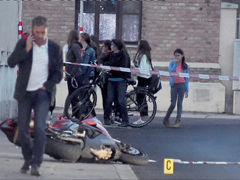 Motorrad Häftling Polizist