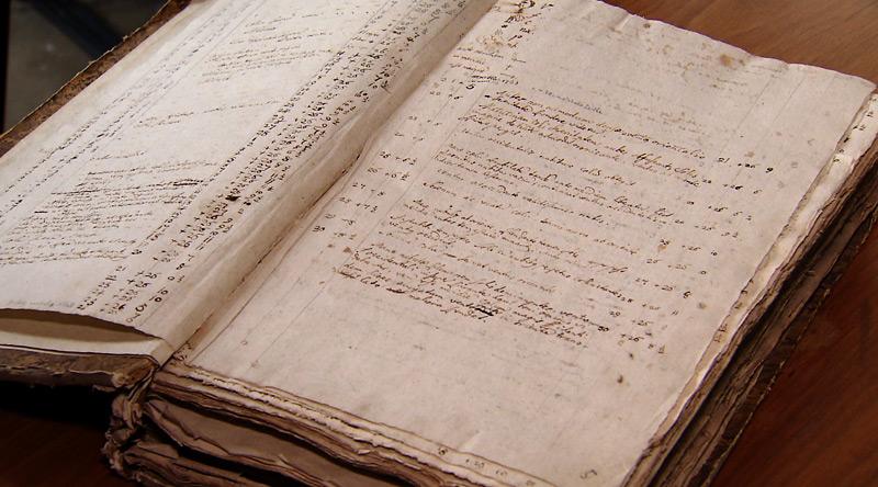 Aufzeichnungen von Wetterdaten, Stift Kremsmünster; v.l.: Pater Amand Kraml, Wolfgang Traunmüller (BlueSky), Rudi Anschober (Grüne)