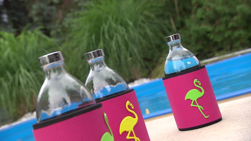 Flaschen mit Designer-Hüllen