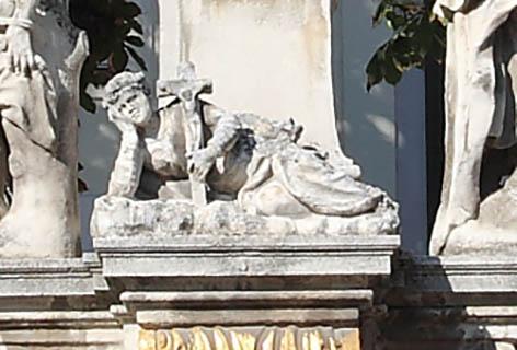 Heiligenstatue der Hl. Rosalia in Neusiedl am See
