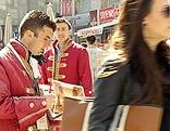 Verkäufer im Mozartkostüm